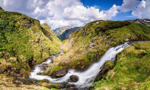 Evgeni Dinev: Urdina River